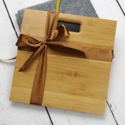 waga łazienkowa z drewna bambusowego z grawerem